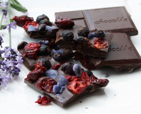 Schokolade Zartbitter mit Kirsche, Johannisbeere