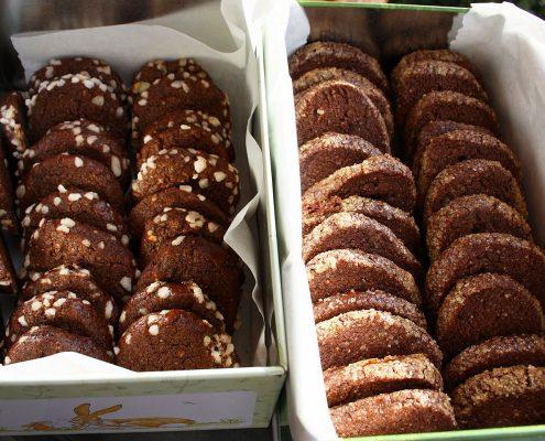 einfaches Rezept: Kekse mit Kakao und Mandeln