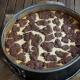 In der Springform gebacken: Russischer Zupfkuchen mit der frischen Note von Säure und Frucht durch den Rhabarber